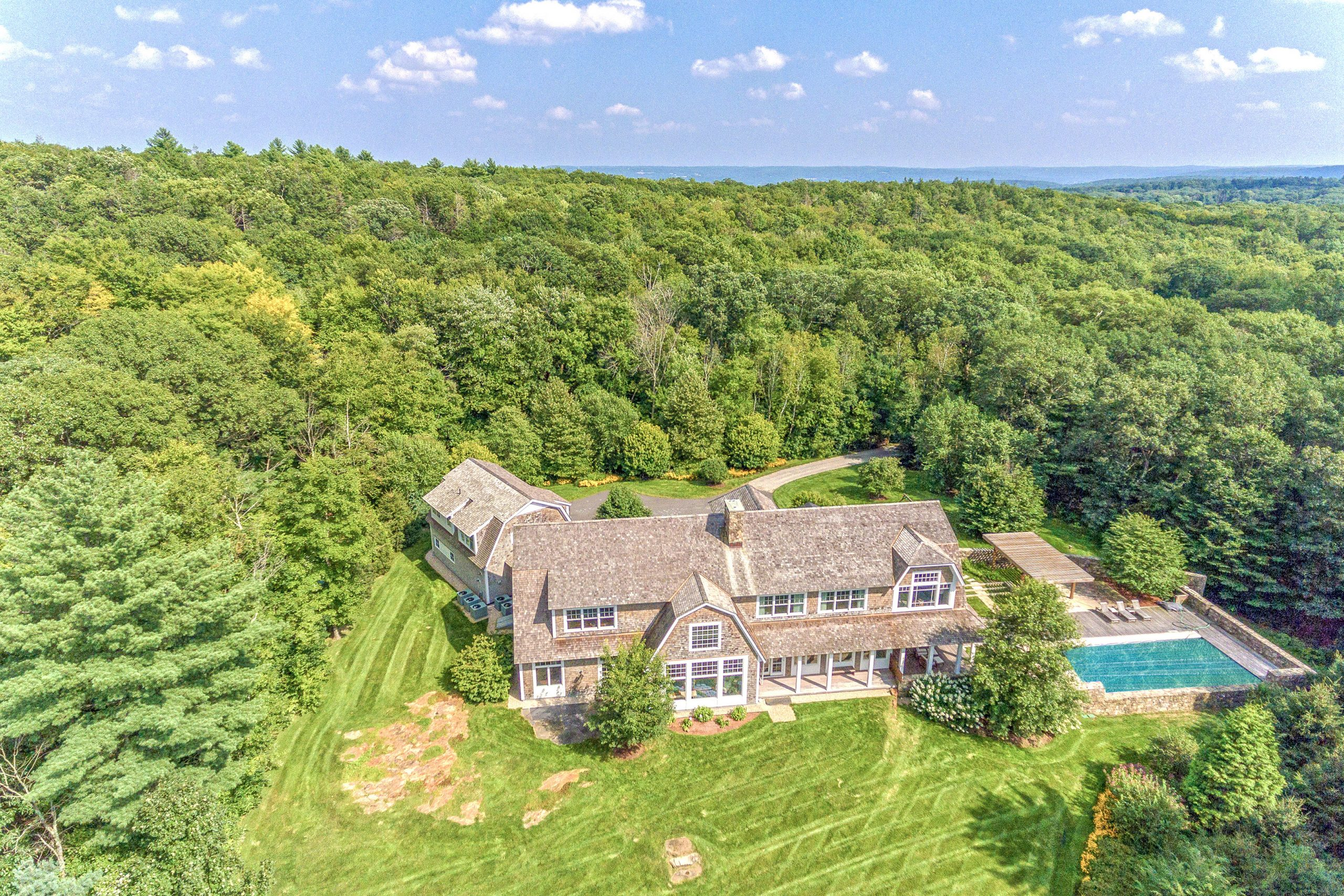 250 Upper Whittemore Middlebury CT